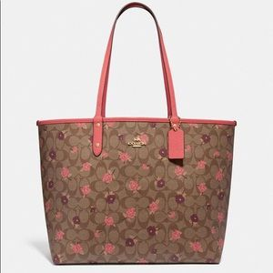 Coach Reversible City Tote Signature Tossed Peony